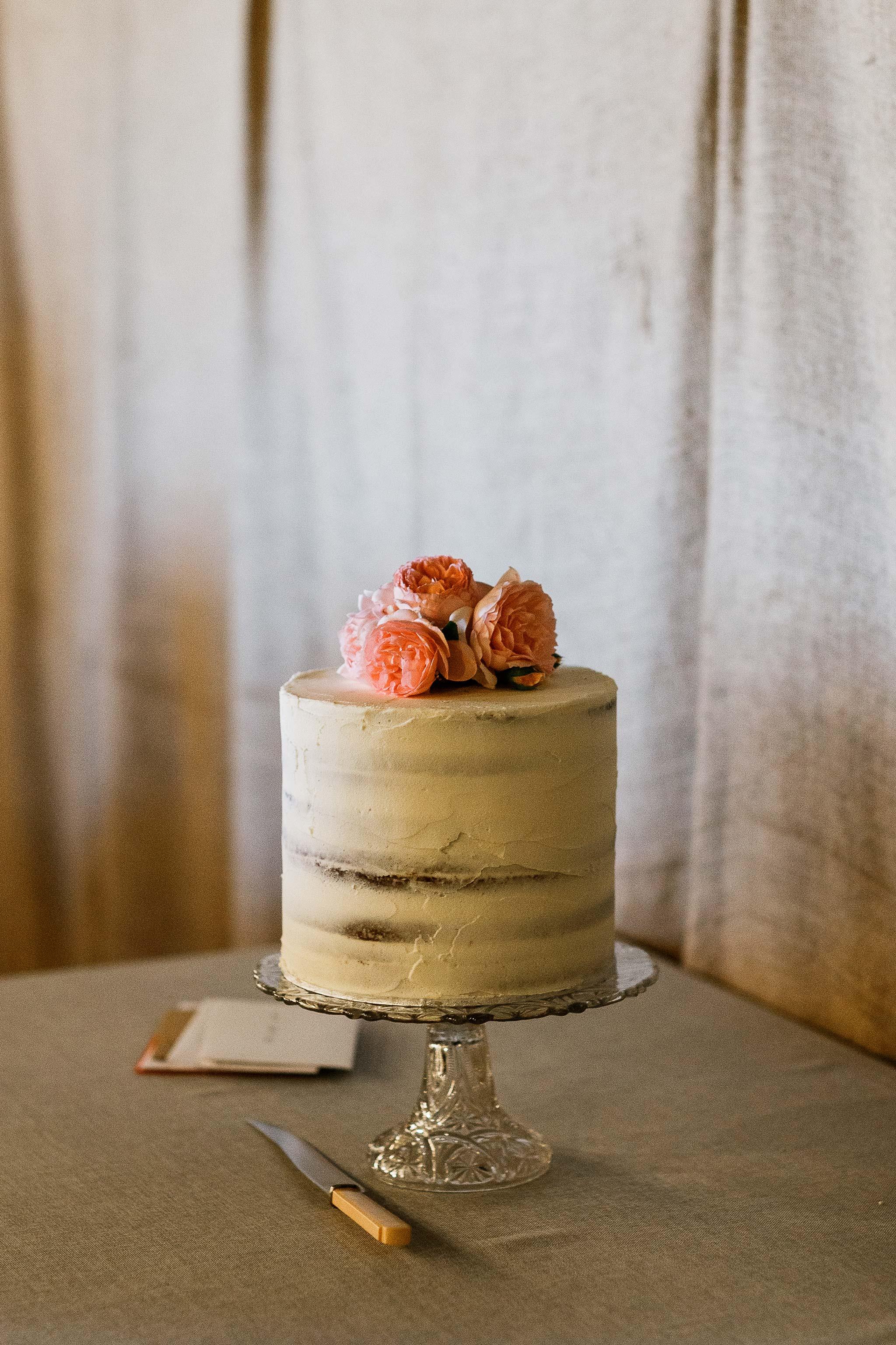 Wedding cake in the Brickendon barn
