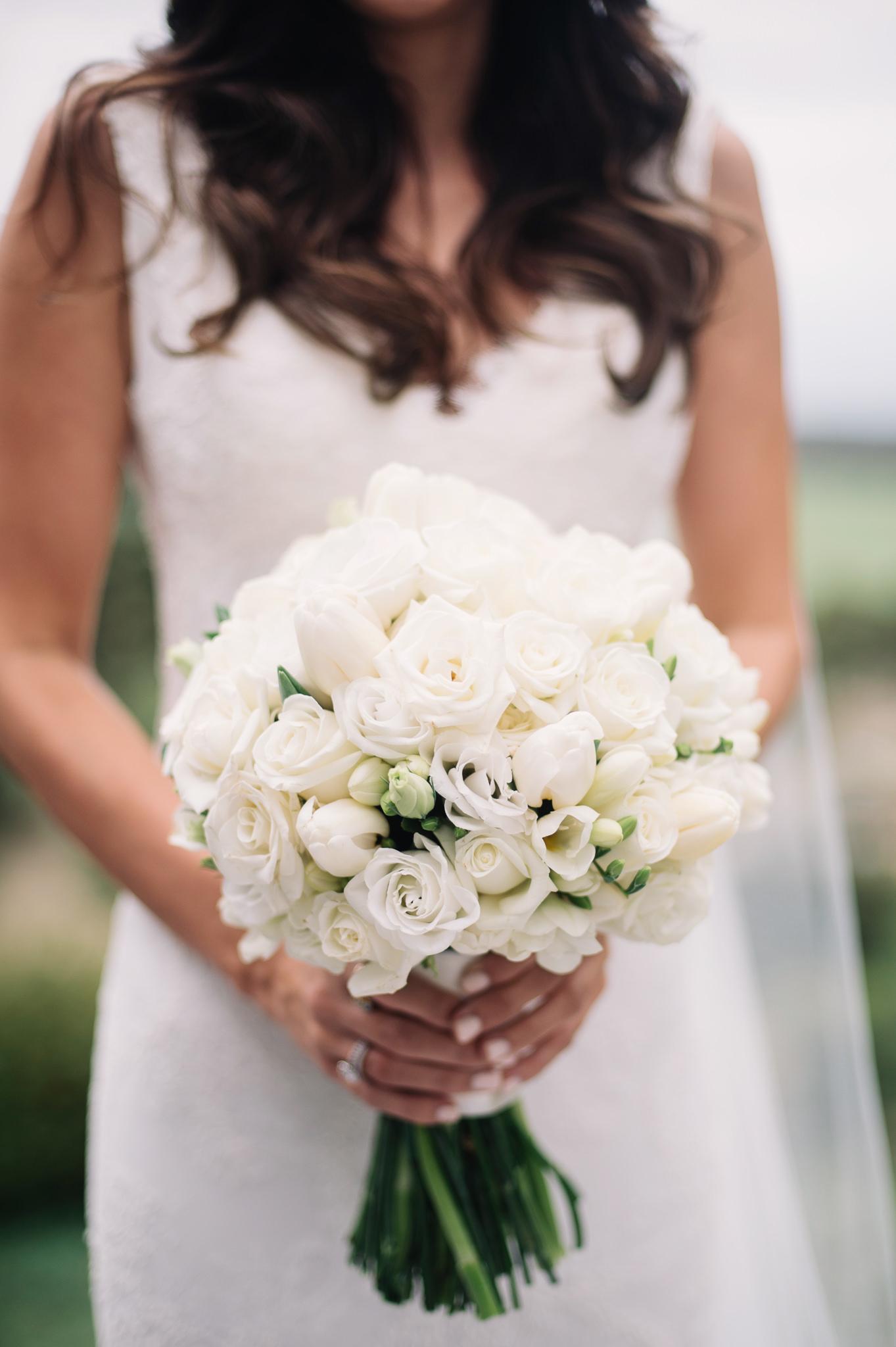 wedding_bouquet_by_bek_burrows