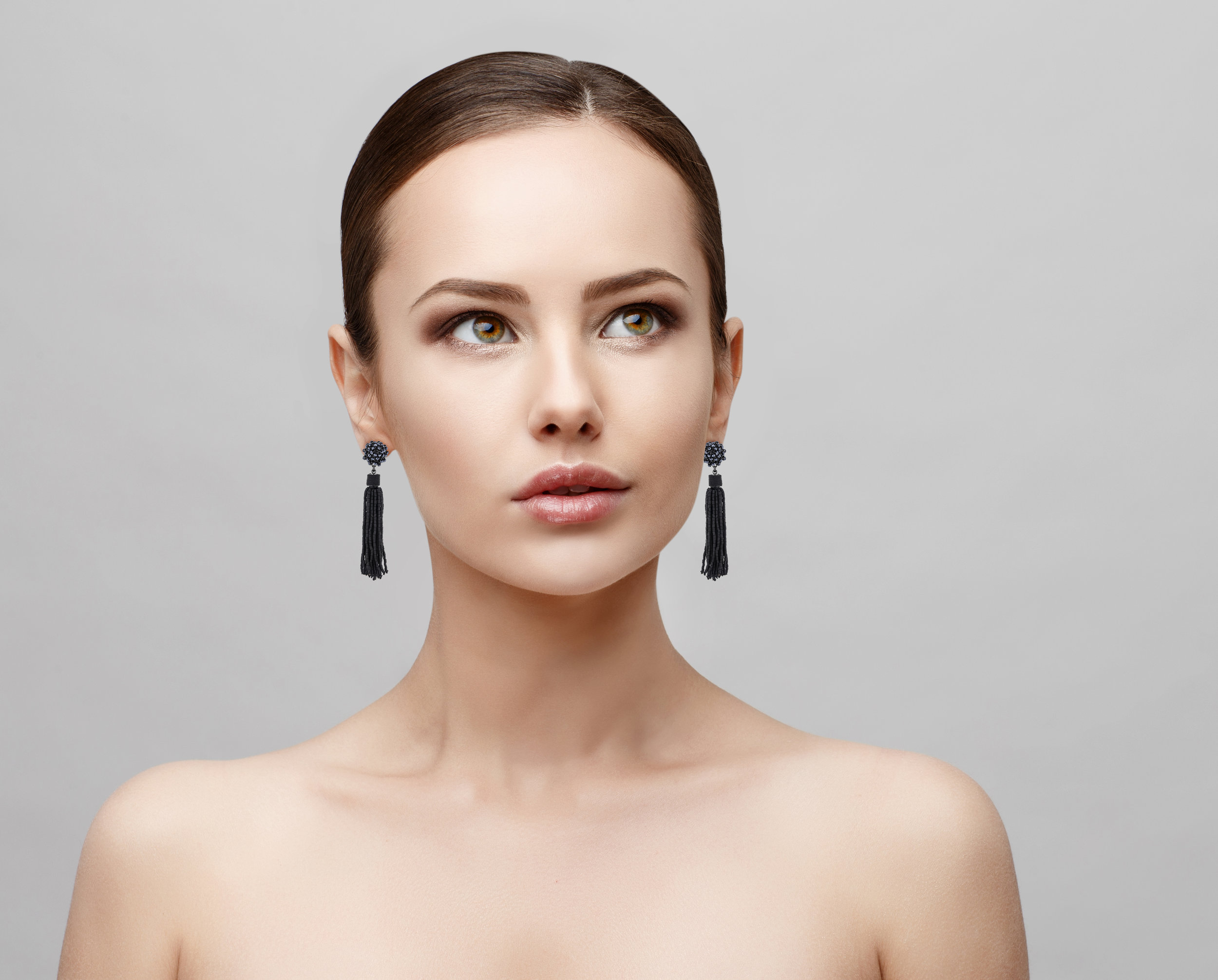 Model-CE9-Earrings (deleted b6c14c9123d114e8fbb9bdbe4c6214f4).jpg