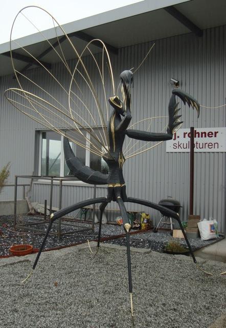 Rohner-Mantis.jpg