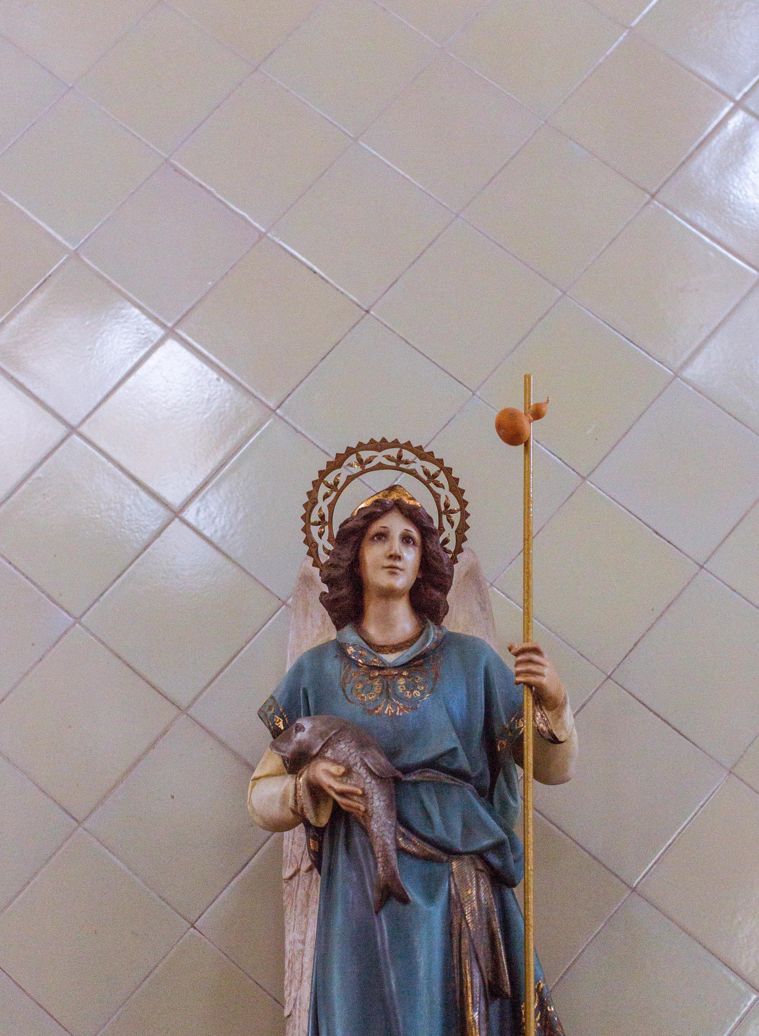 statue woman (1 of 1).jpg