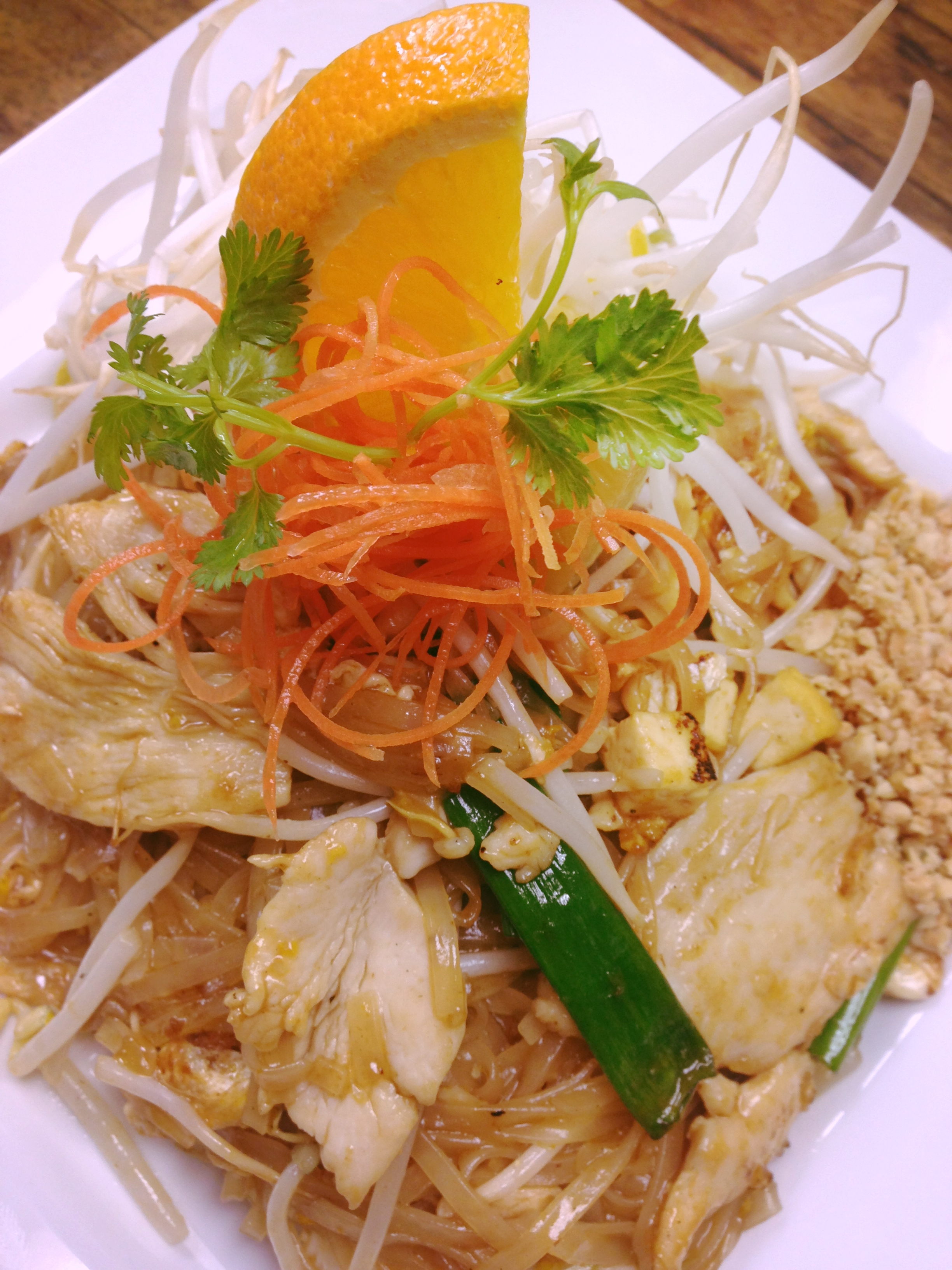 L. Chicken Pad Thai