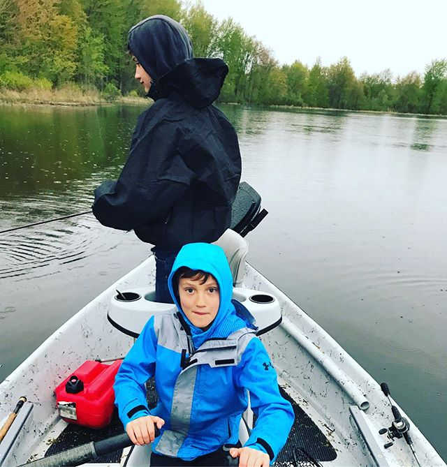 The next generation. Hopes not lost. . . . . #flyfactor #kidswhofish #fishing #hydedriftboats #spinfishing #bassfishing #getoutside #kidcanrow