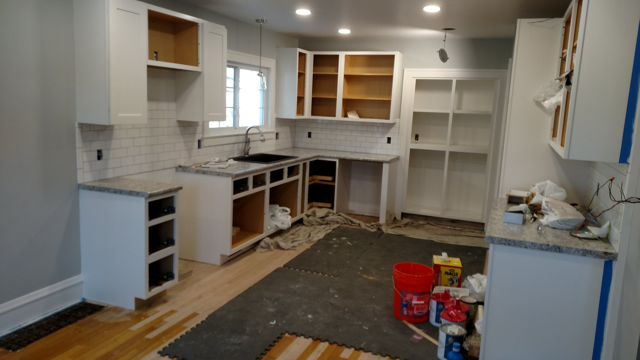 KITCHEN BEFORE STEP 6