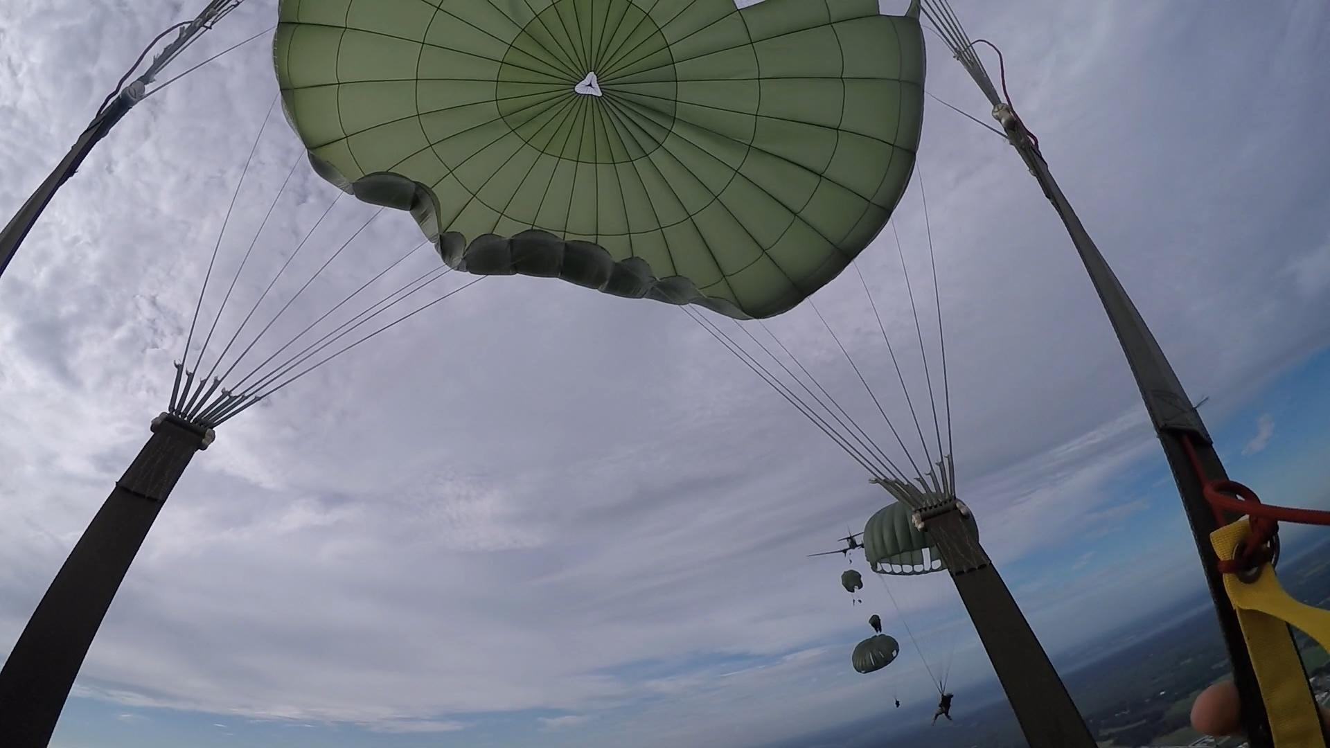 Airborne 15aug15 - 4 - canopy.jpg