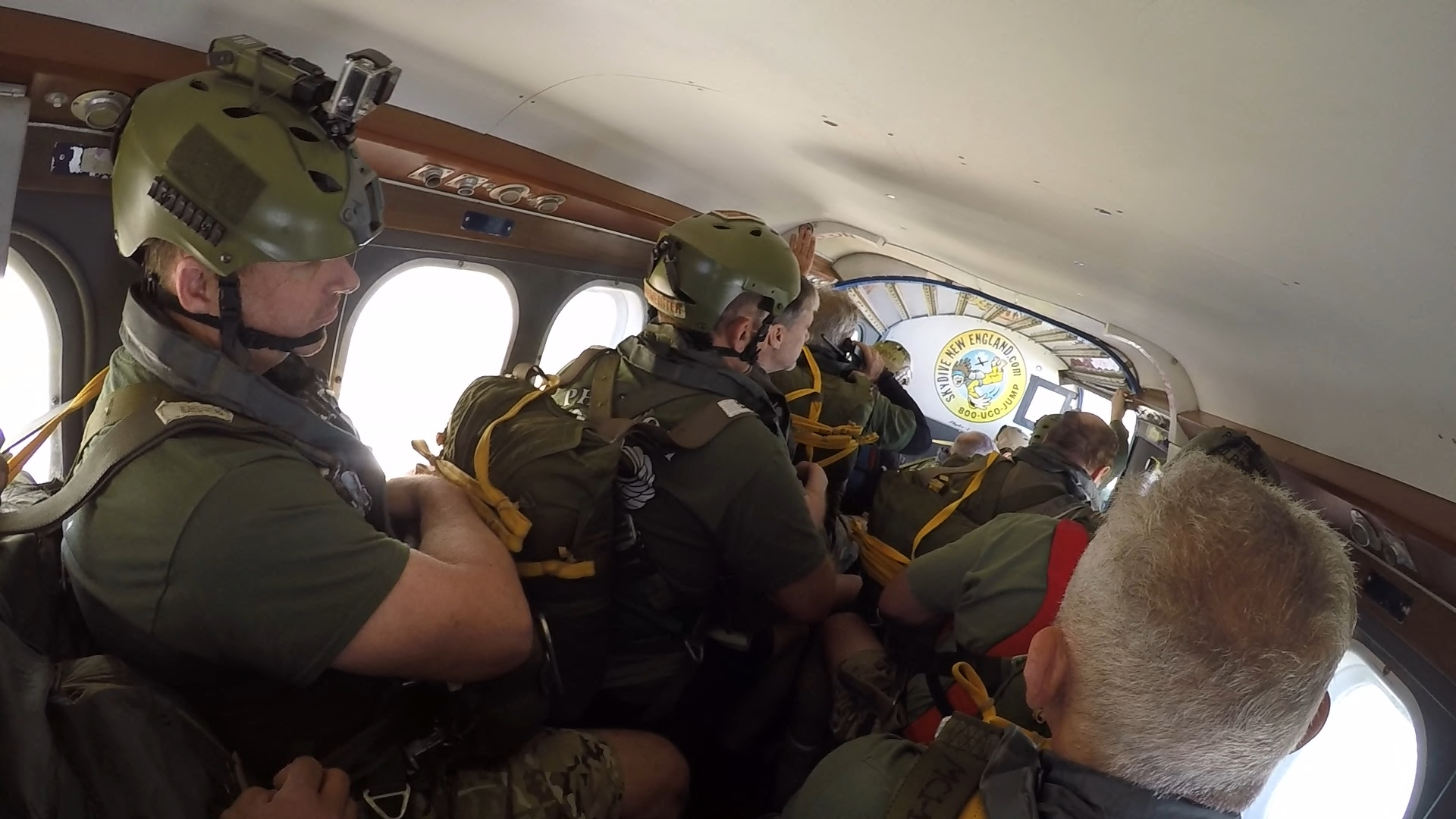 Airborne - 160409 - Packed plane.jpg
