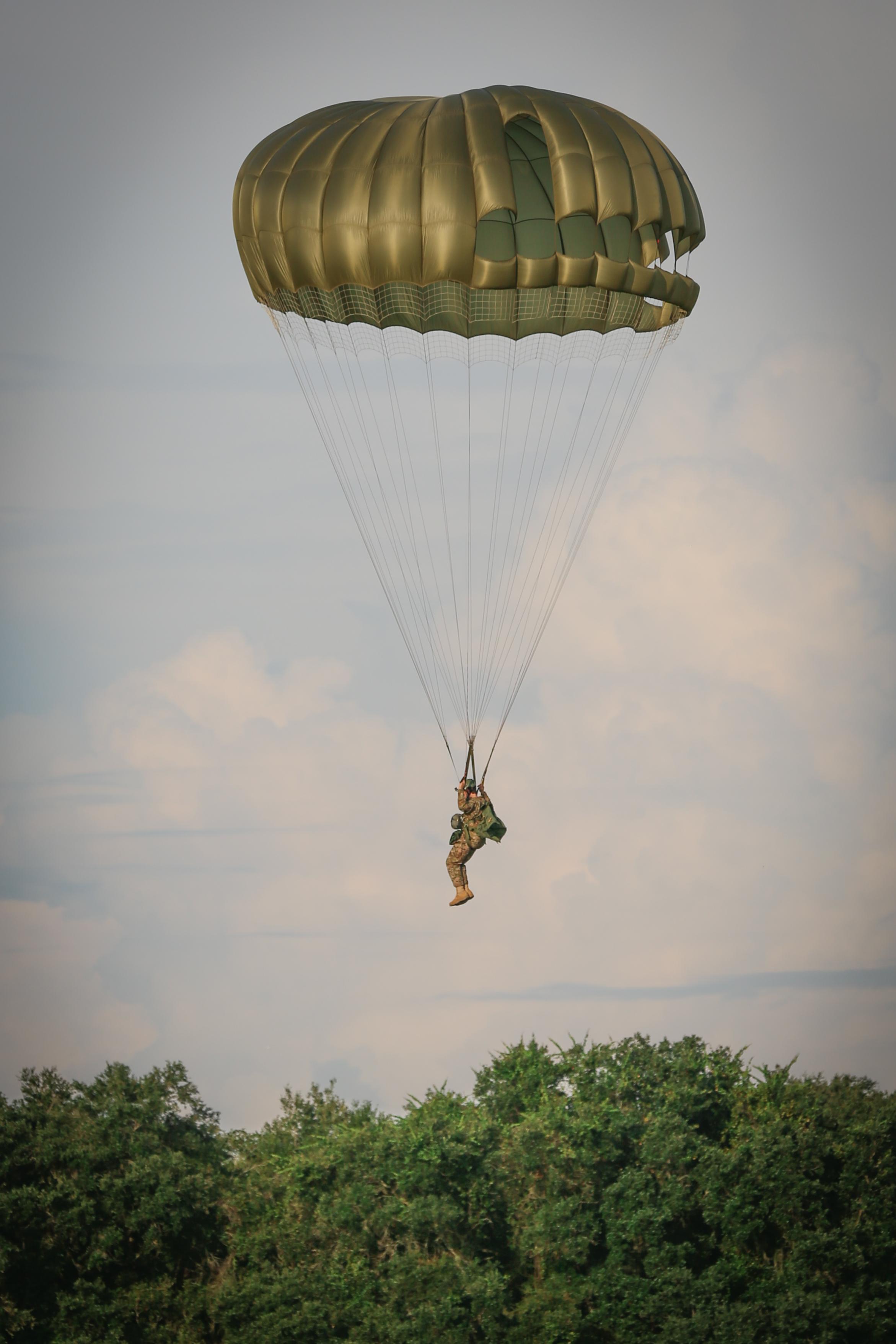 170812 - ParatrooperAugustSet3-1095 (73).jpg