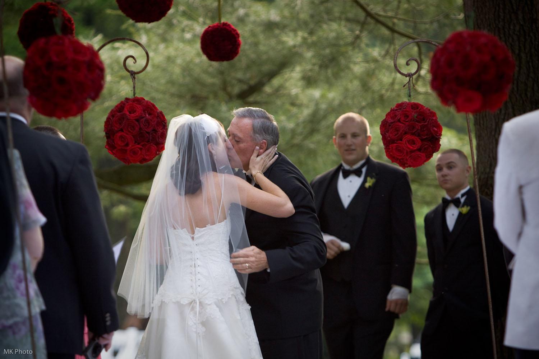 MK Photography | Wedding Ceremony | Farm in Glen Mills, PA