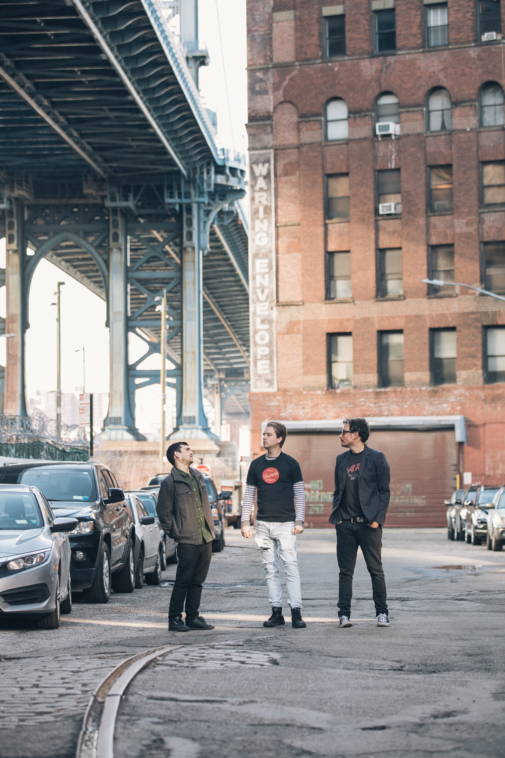 NYC's Dares draw influences from late '70s post-punk to '80s and '90s American Indie Underground. -