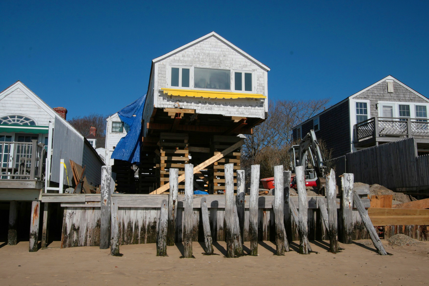 waterfront house lift jack cape cod provincetown.jpg