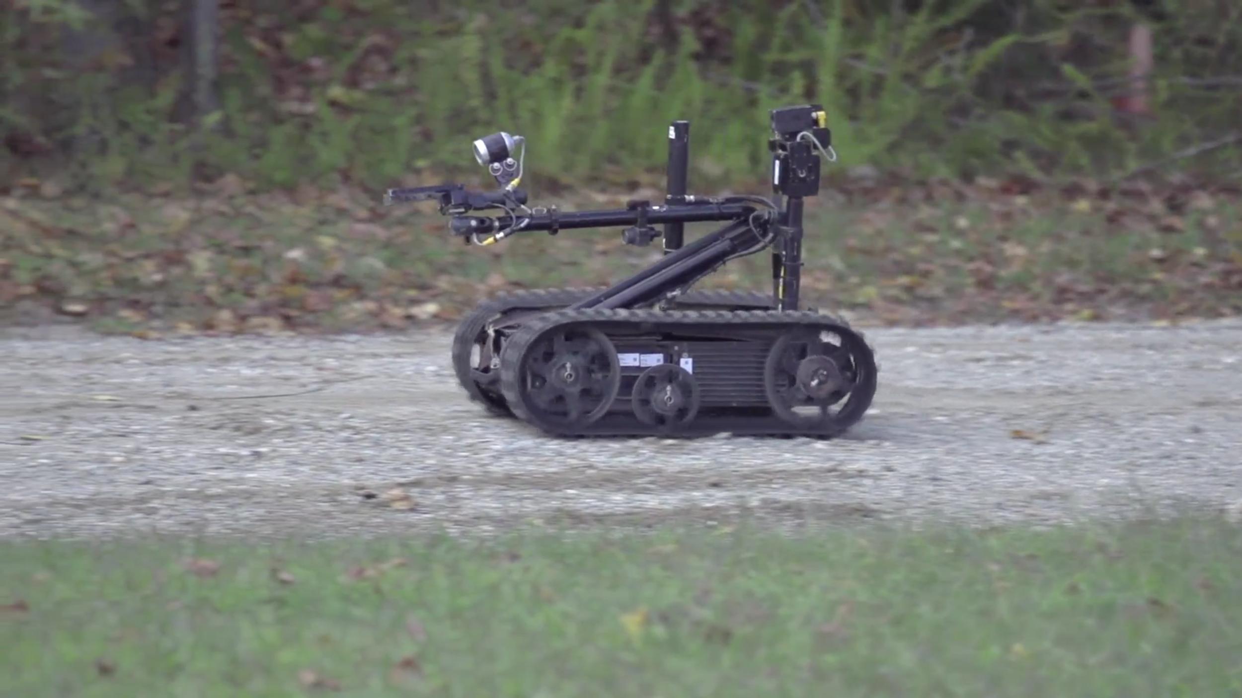 Robot Vs IED