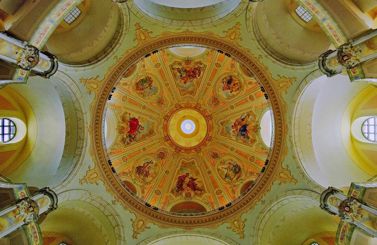 30x40--200609--Frauenkirche-Kuppel-sRGB.jpg