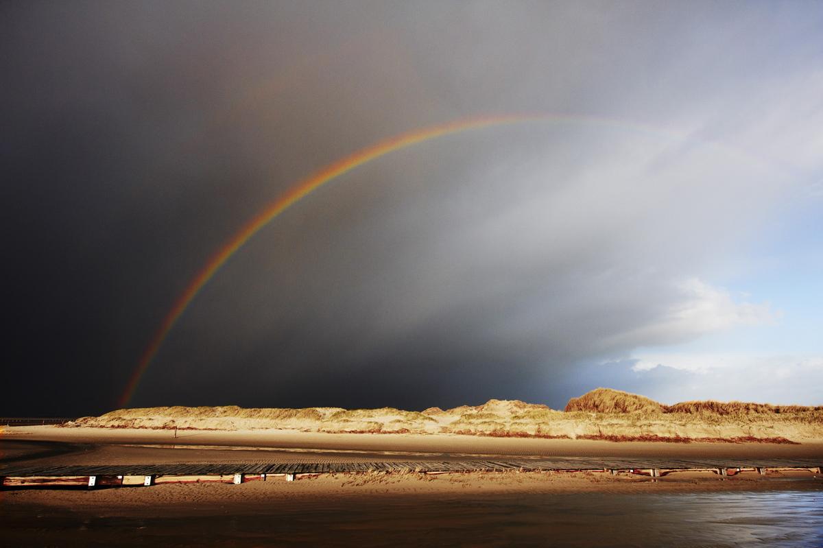 201201  rainbow at beach 3908 sRGB.jpg