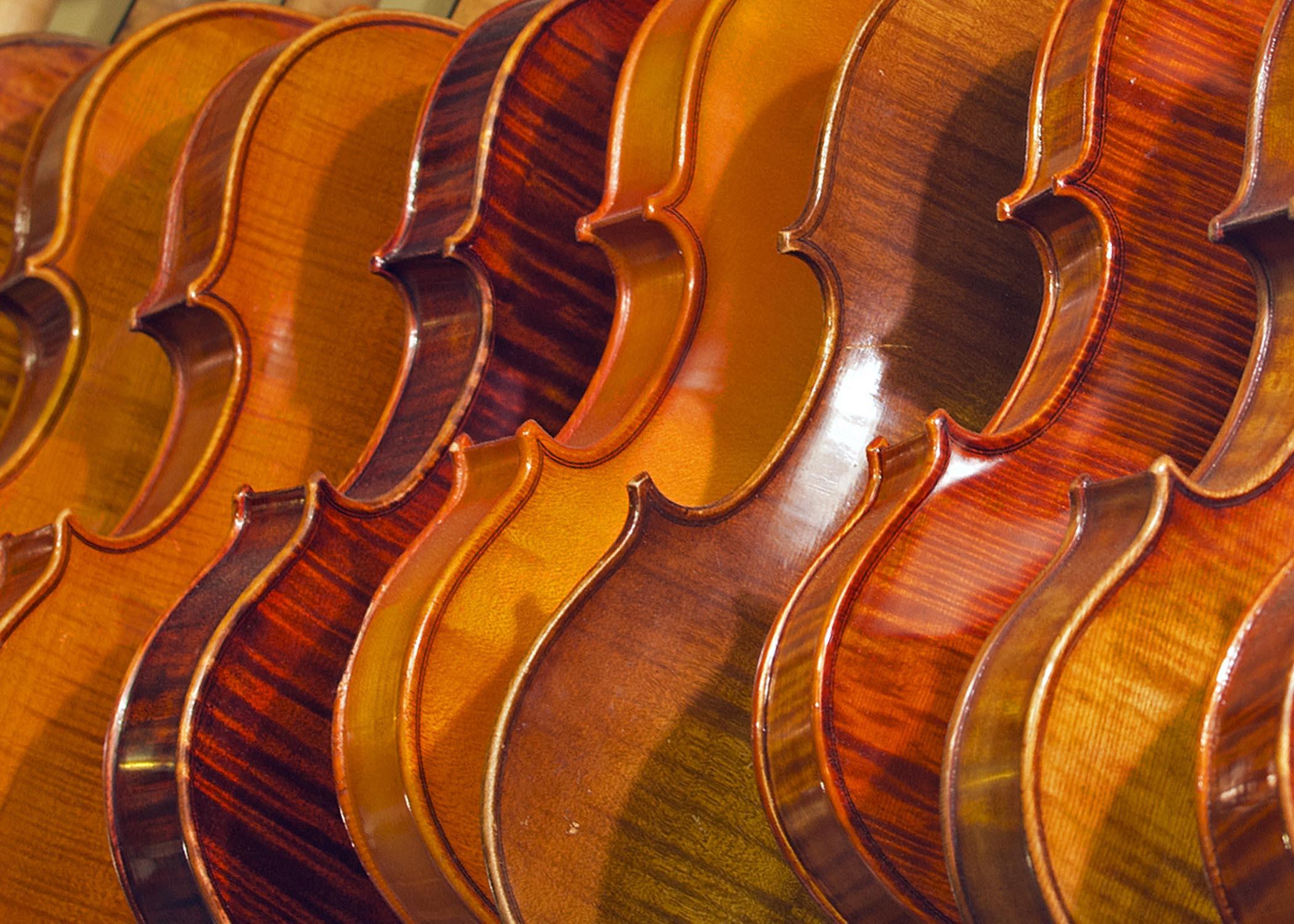 Violins_B_1988.jpg