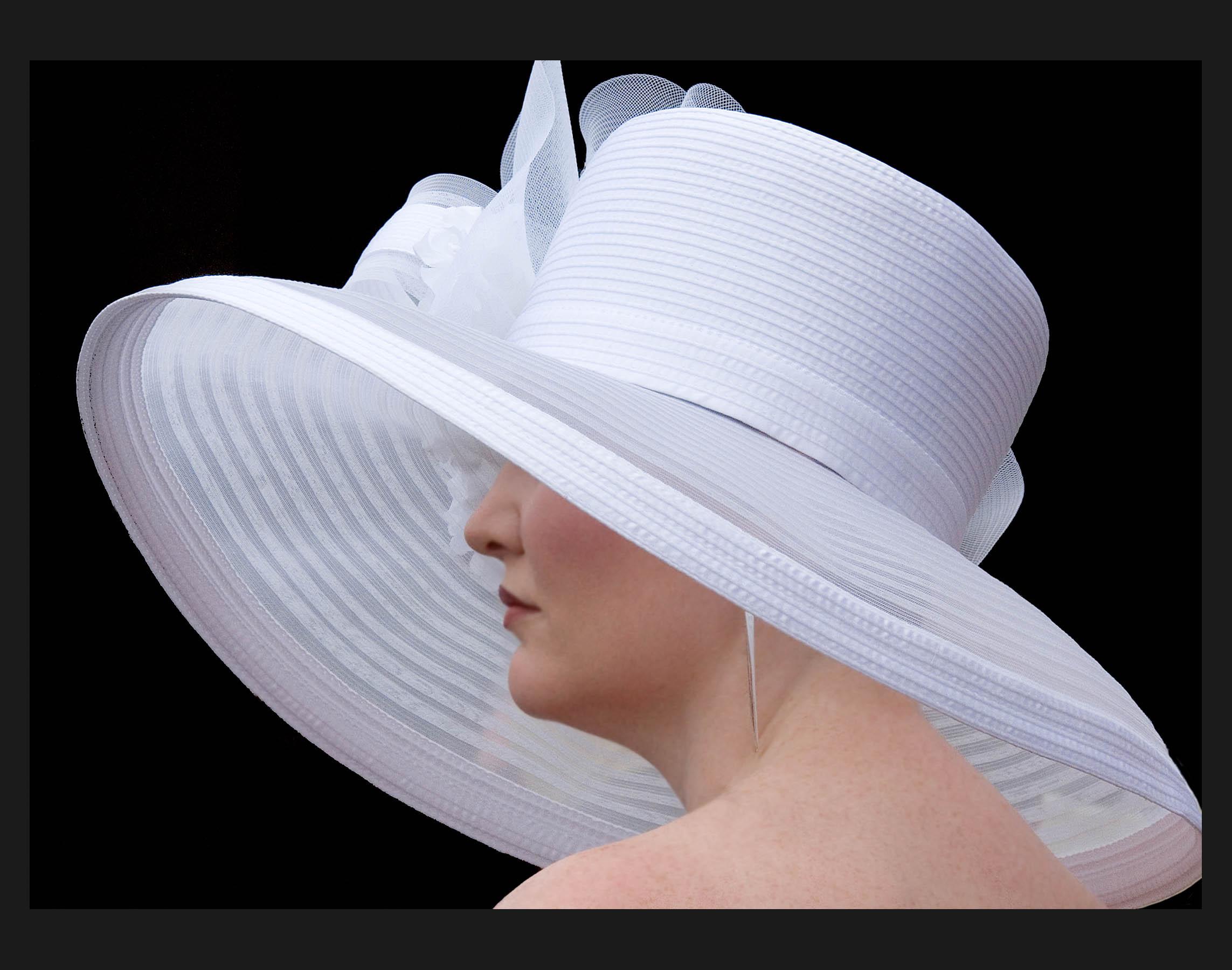 hat white.jpg