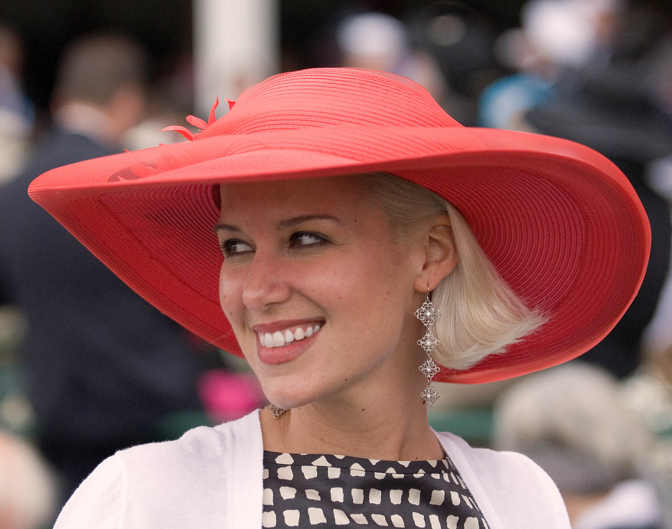 31_red hat.jpg