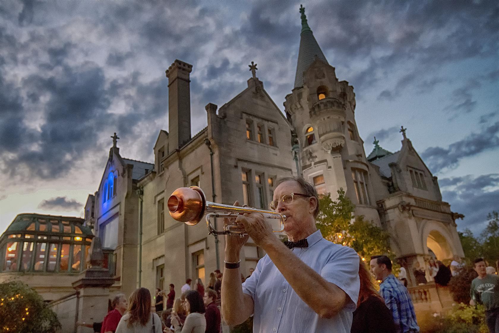 Trumpet player 2 0863.jpg