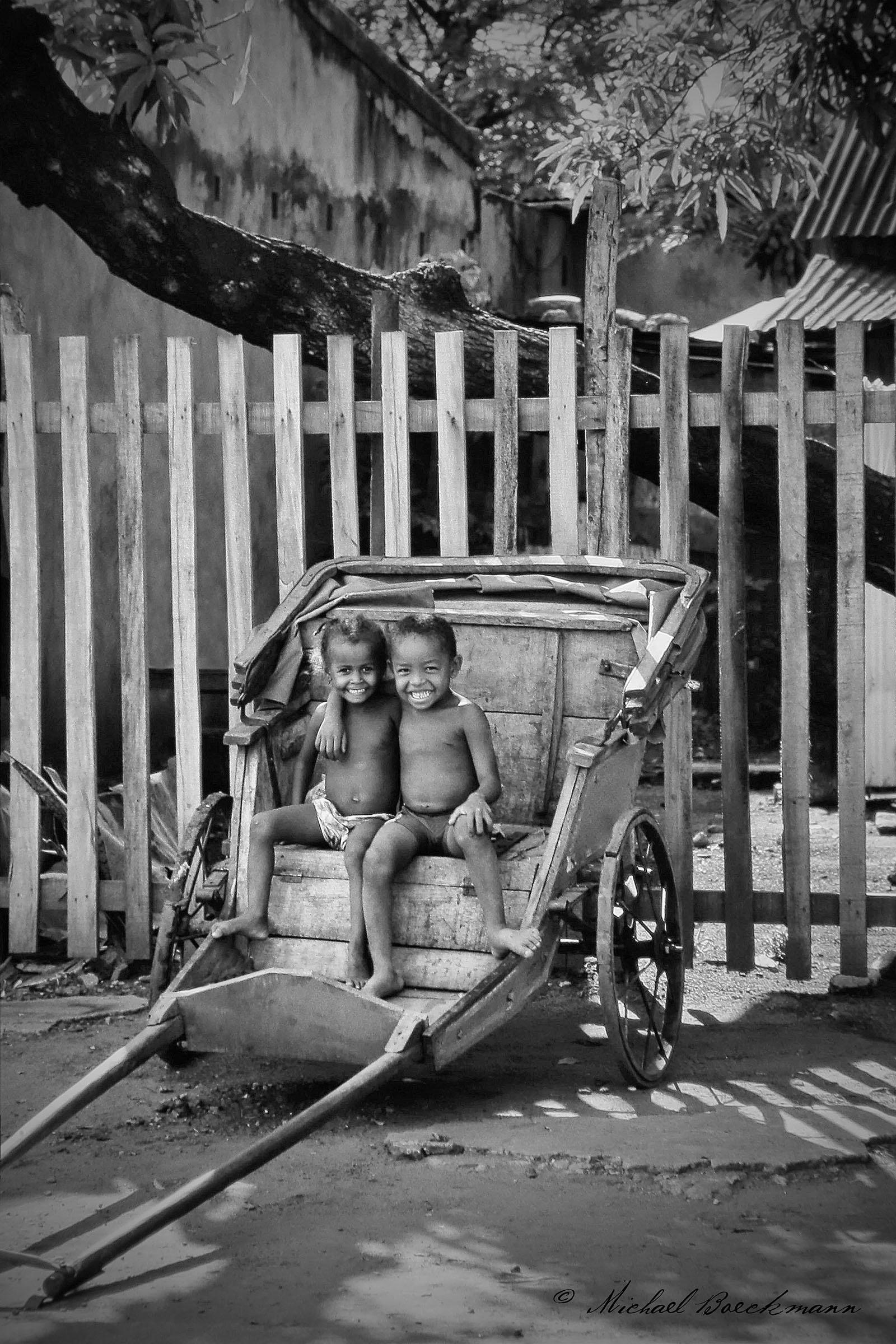 Madagascar Children_ B+W.jpg