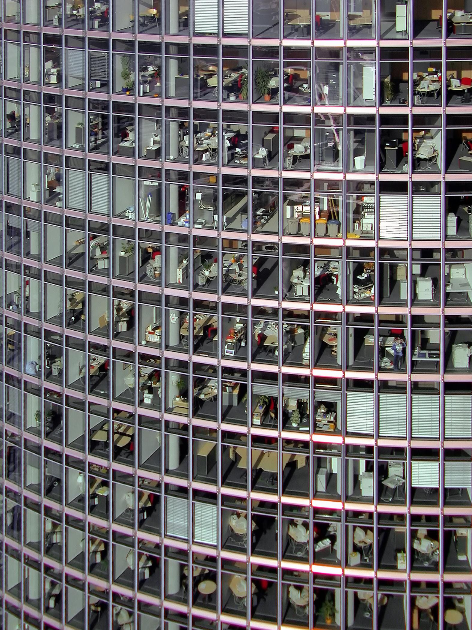 Berlin Office workers.jpg
