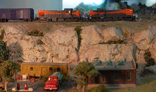 The peaceful morning is interrupted as a duo of RS-1s chug along. #modeltrain #modeltrains #moderailroad #modelrailroading #hoscale #garfieldcentralrailroad