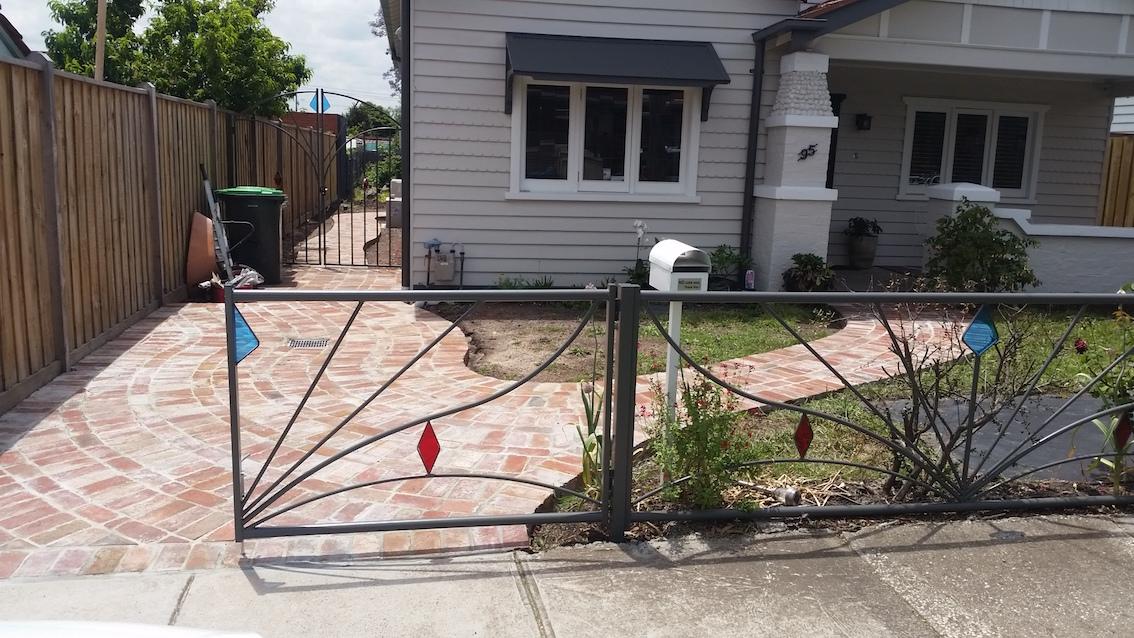 Fence shef.jpg