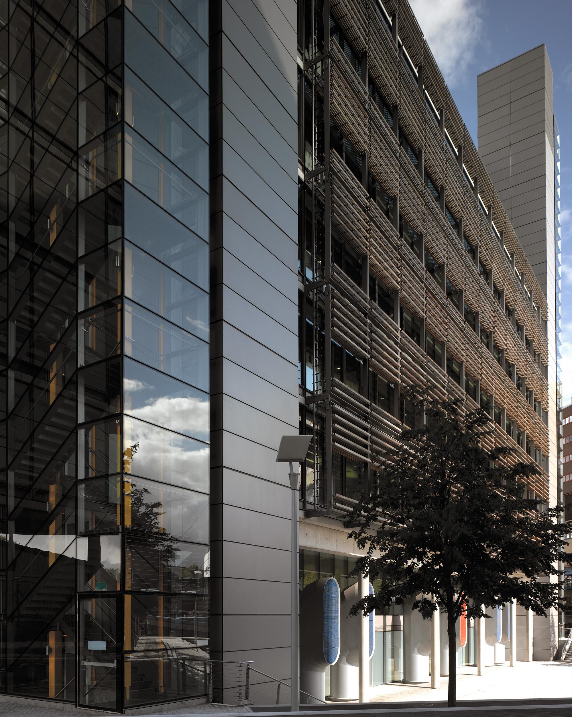 Paddington Waterside / Rogers Stirk Harbour + Partners