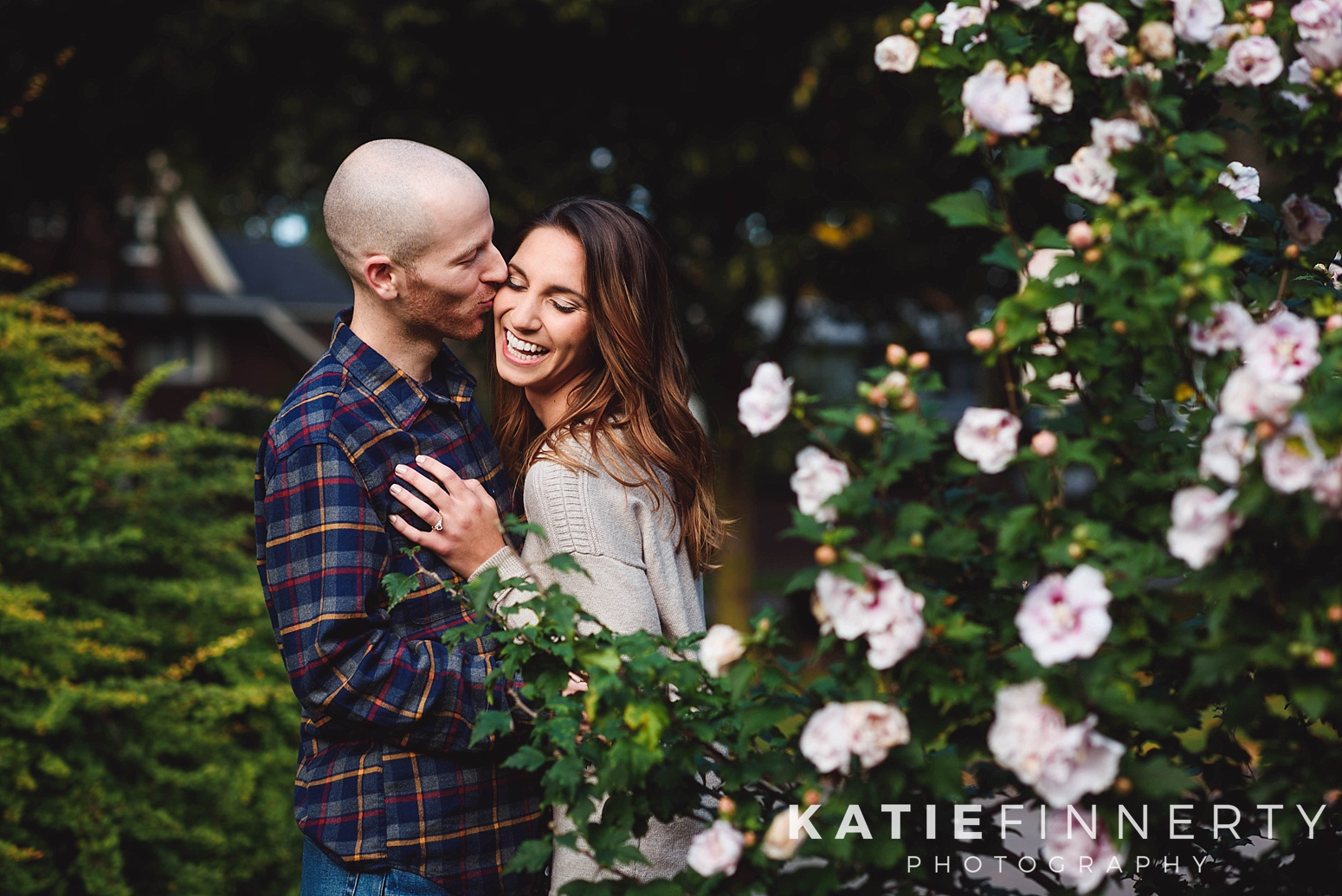 Browncroft Neighborhood Rochester Engagement Session