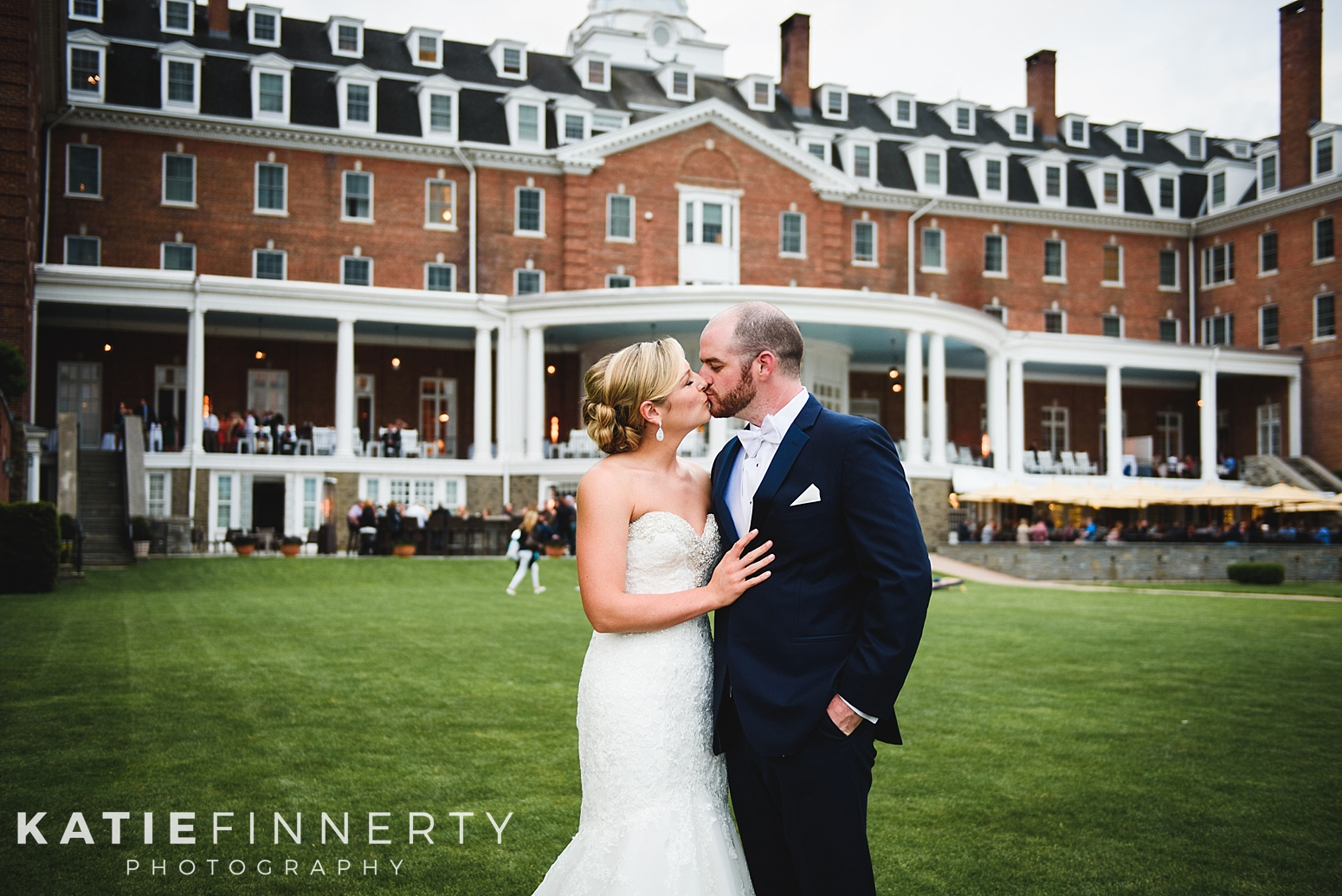 Otesaga Resort Hotel Cooperstown Wedding Photography