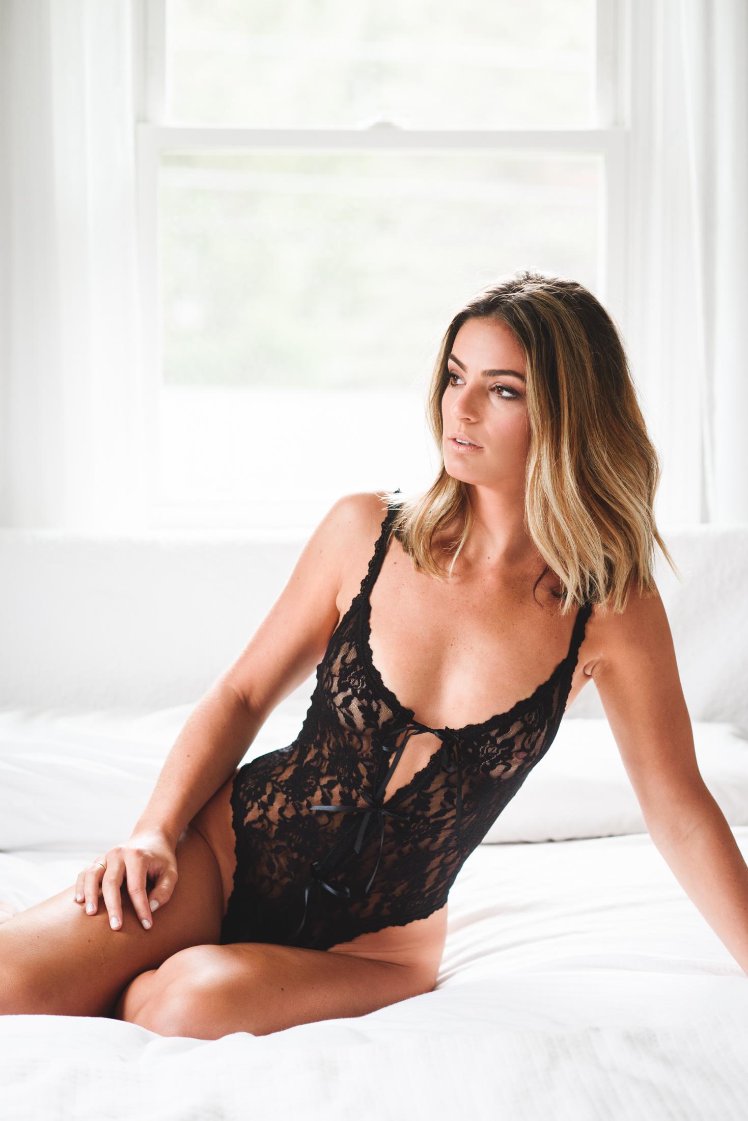 Stephanie Boudoir 03.jpg