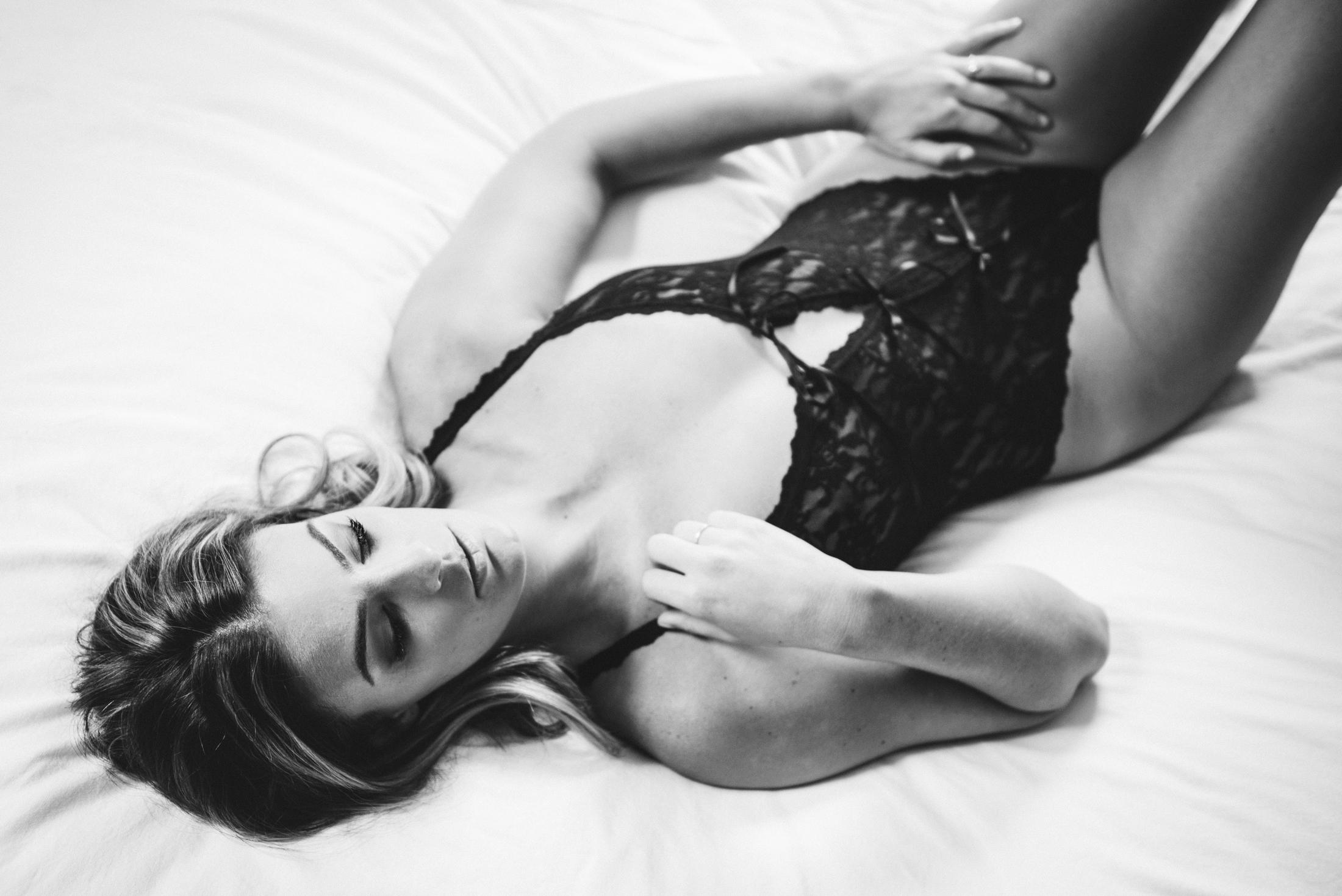 Stephanie Boudoir 09.jpg
