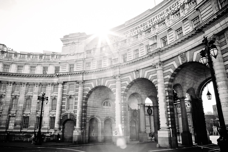adventure-travel-photography-becky-brockie-england-london-building.jpg