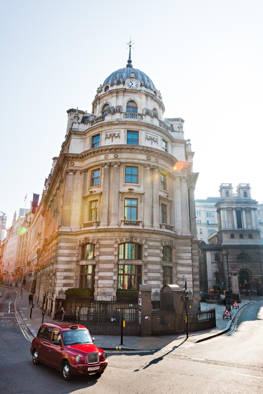 adventure-travel-photography-becky-brockie-england-london-red-car.jpg
