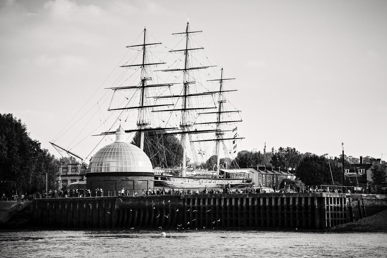 adventure-travel-photography-becky-brockie-england-london-ship.jpg