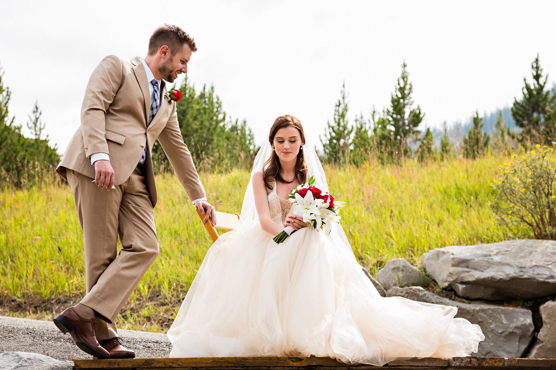 big-sky-wedding-becky-brockie-photography-mountain-meadow-couple.jpg