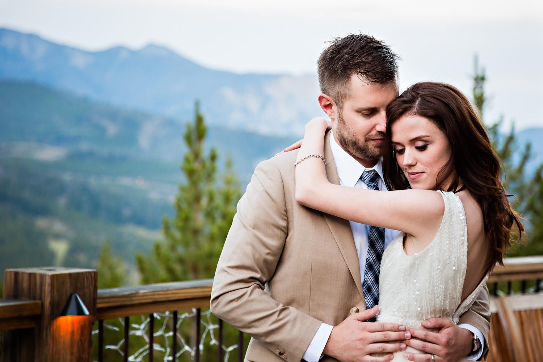 montana-wedding-photography-becky-brockie-photography-bride-groom-nuzzle-big-sky.jpg