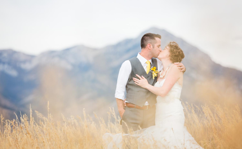 bozeman-wedding-photographer-becky-brockie-images-couple-formals