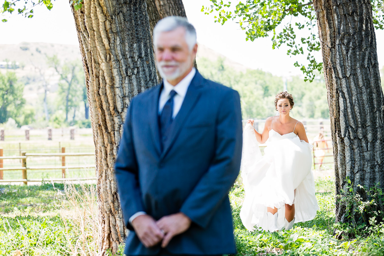 billings-montana-swift-river-ranch-wedding-father-daughter-first-look.jpg