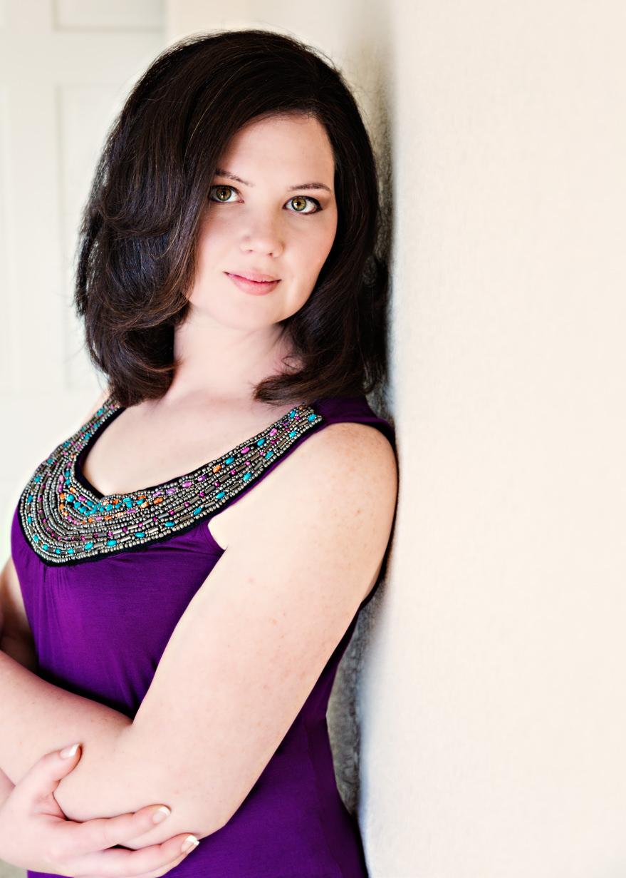 billings-montana-glamour-photoraphy-woman-purple-top.jpg