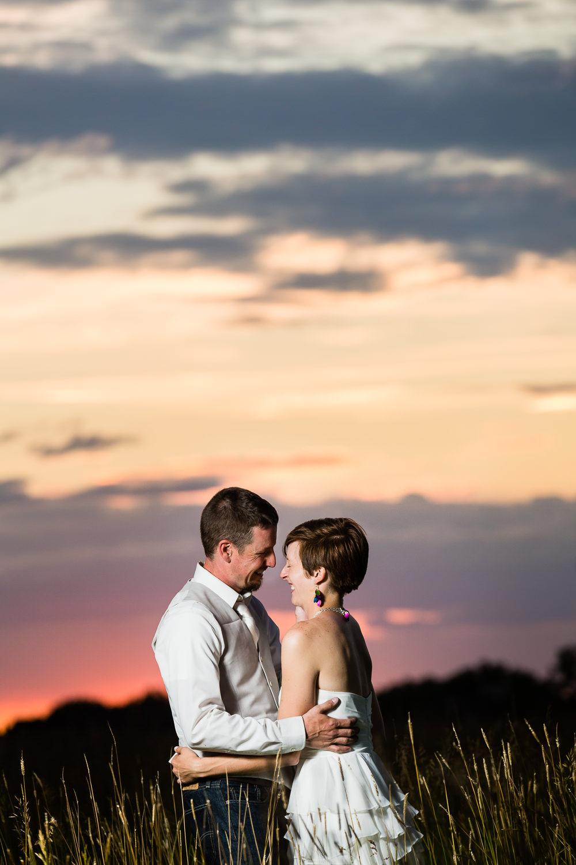 bozeman-montana-wedding-sunset-intimate-moment.jpg