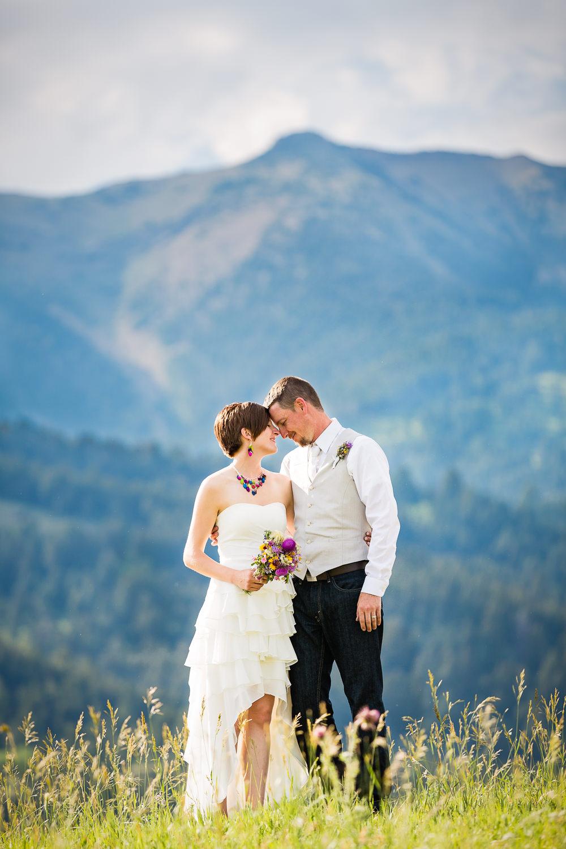 bozeman-montana-wedding-couple-beside-bridger-mountains.jpg