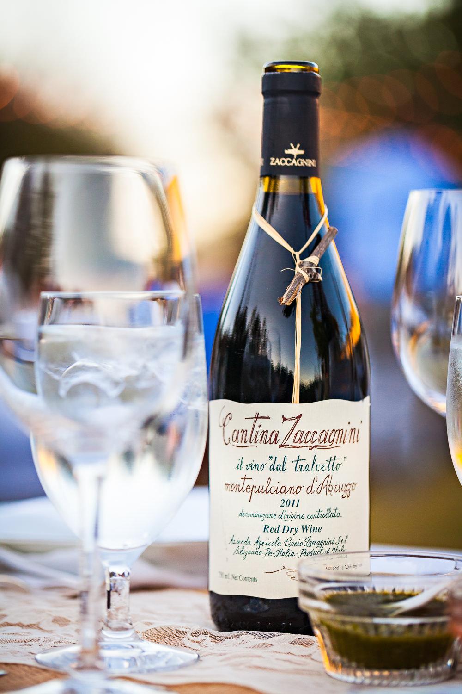 mcleod-montana-wedding-table-wine.jpg