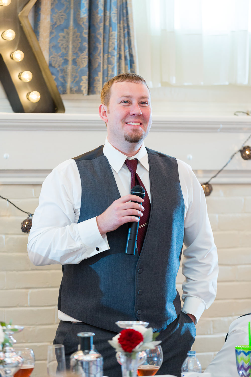 heritage-hall-missoula-montana-groom-gives-toast.jpg