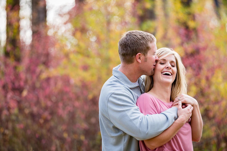 bozeman-montana-fall-engagement-session-guy-makes-girl-laugh.jpg