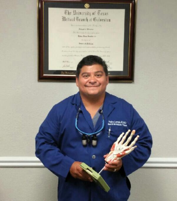 Dr_Pedro_Loredo_Hand_Surgeon_Dallas_Fort Worth_DFW