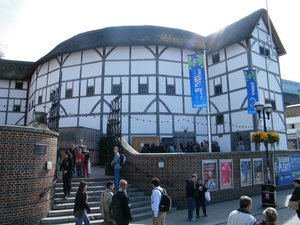 Shakespeares+globe.jpeg