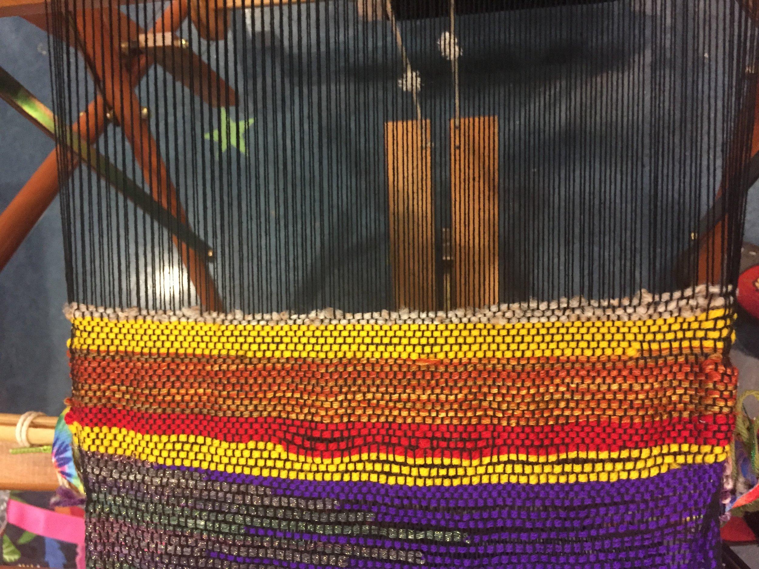 Hotdog weaving .JPG
