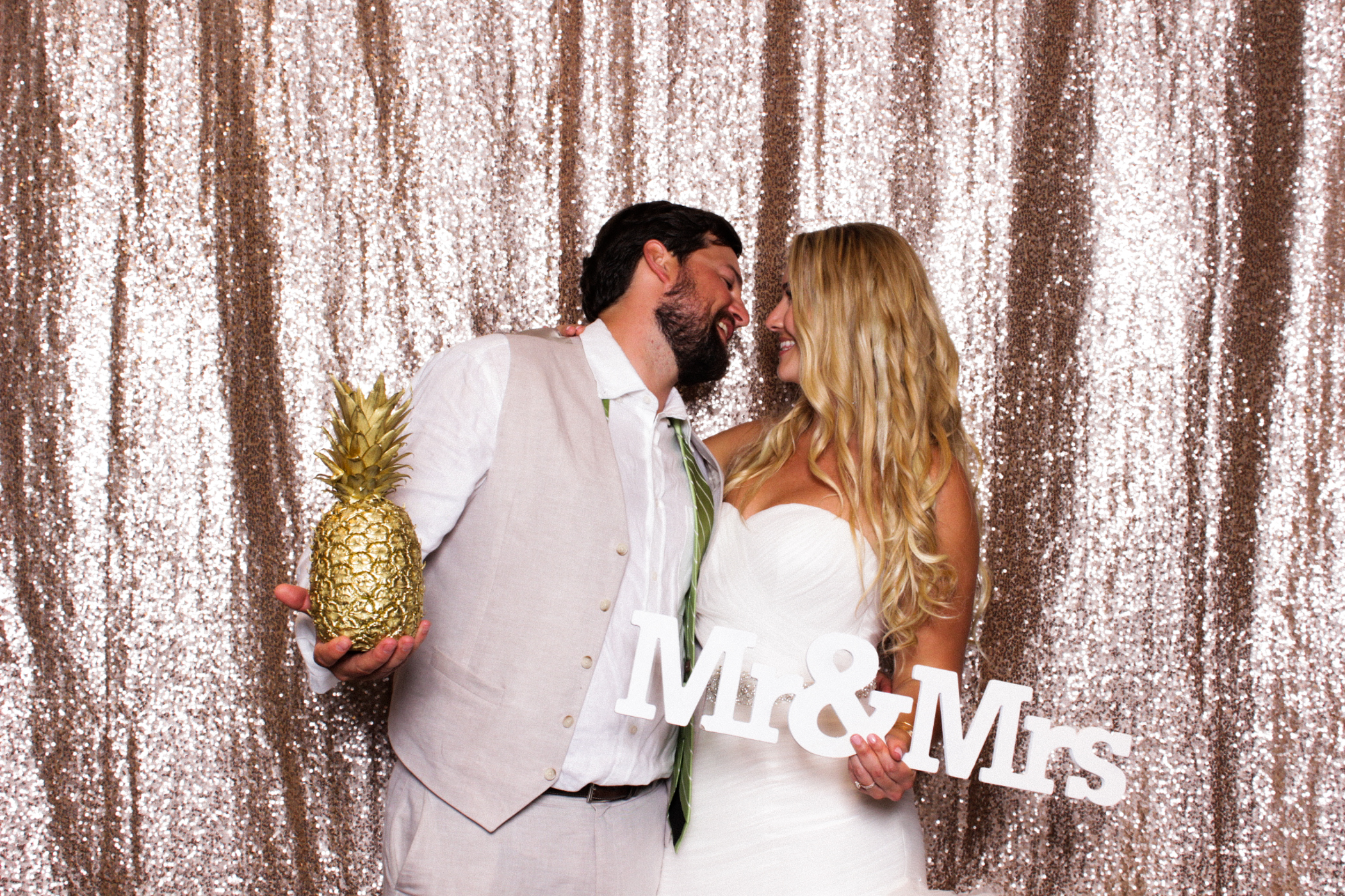 The_Reverie_Booth-Boca_Raton_Photobooth-Wedding_Photobooth_Florida-Florida_Photobooth_Rental-Wedding_Photobooth-075.jpg