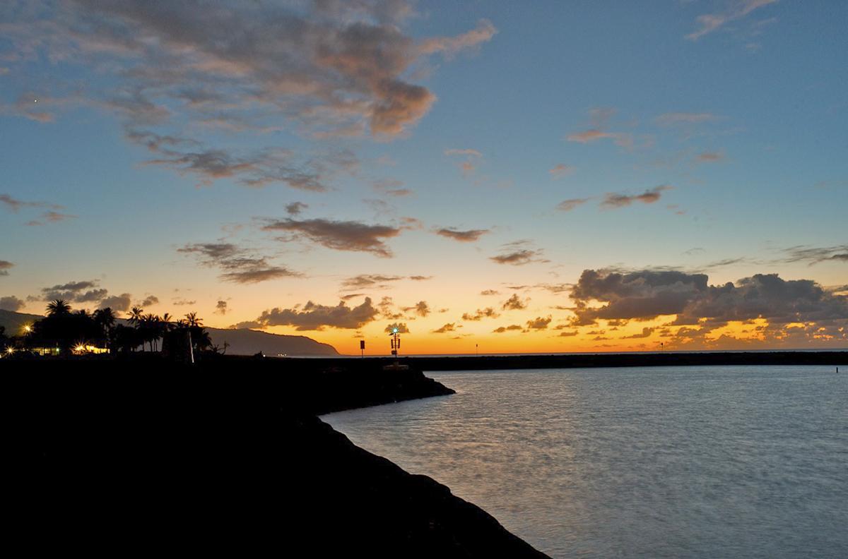 SunsetHaleiwa (3).jpg