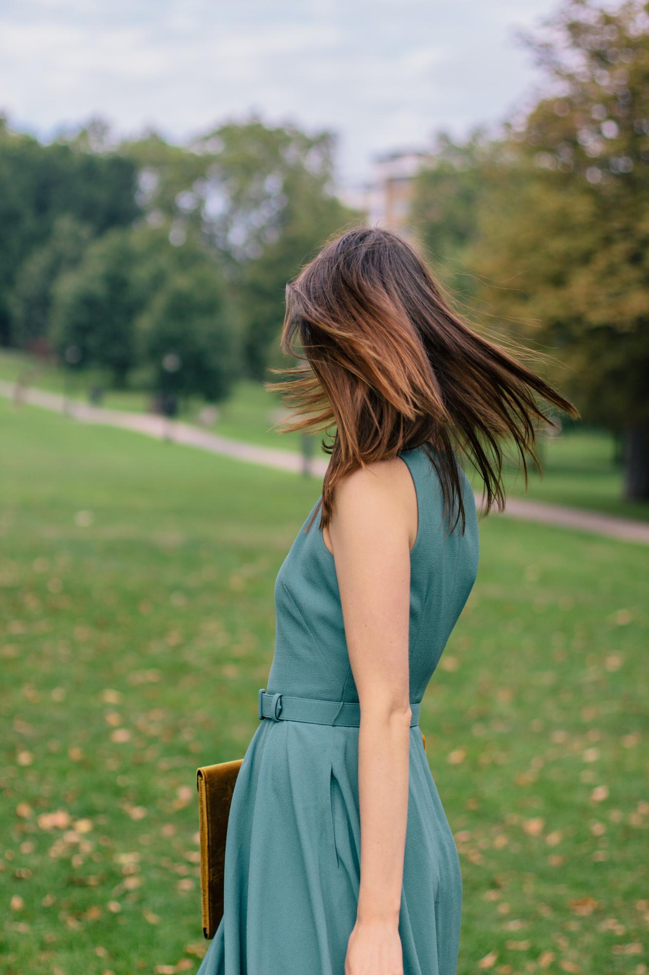Gal Meets Glam Kaye Dress London Fall-23.jpg