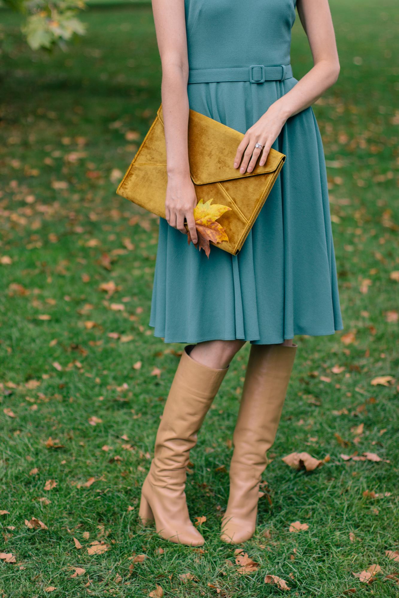 Gal Meets Glam Kaye Dress London Fall-25.jpg